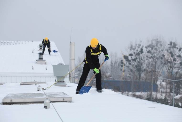 commercial-roof-snow-removal-cambridge-ma